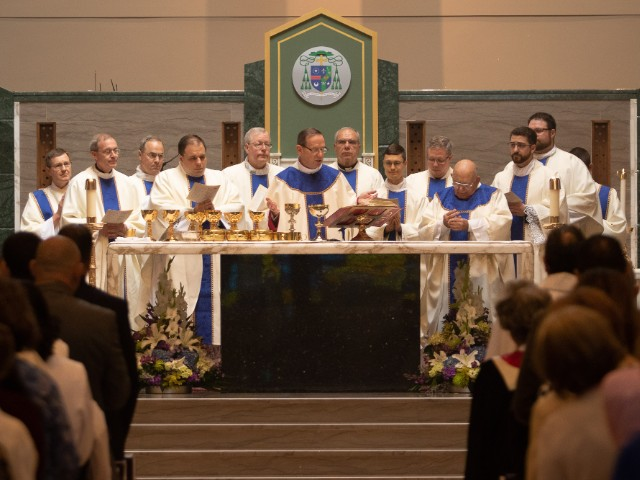 Arlington Priesthood Ordination 2018 Liturgy of Eucharist 640x480