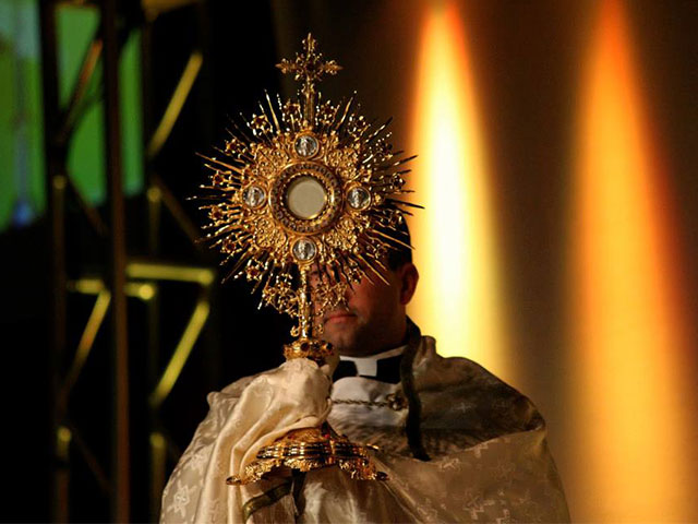 Pray to Jesus Monstrance