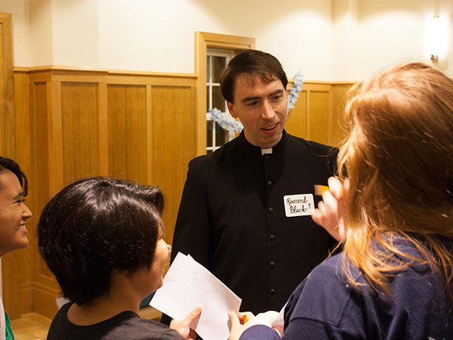 Talk with priests Vacarro